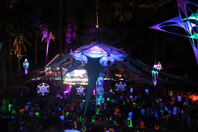 Half Moon Party Tailando Koh Phangan saloje