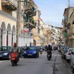 Graikijos įdomybės: pilnos gatvės šunų, pašėlę vairuotojai ir siaubas parduotuvėse