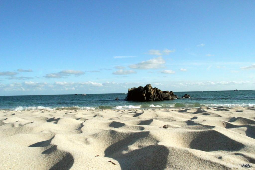 Auksiniai paplūdimiai salos pietinėje dalyje