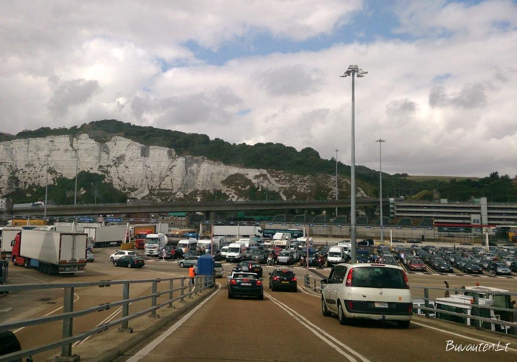 Išvažiavus iš kelto - Anglijos Doveris