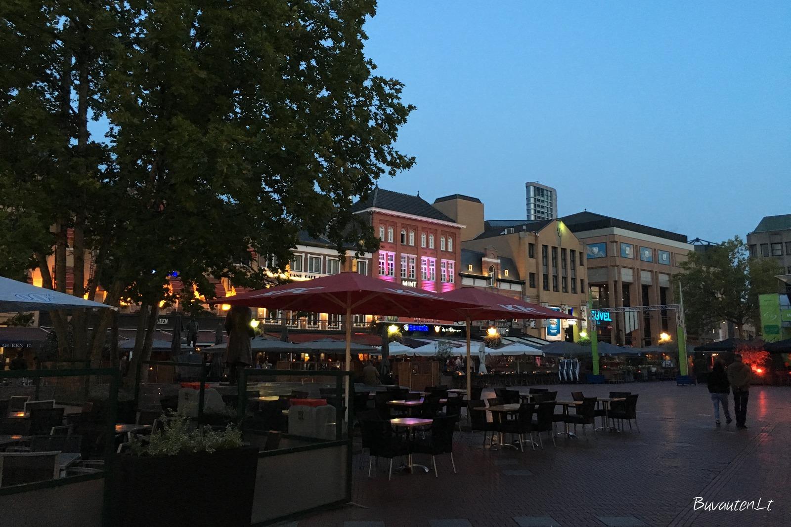 De Markt – aikštė su restoranais ir barais