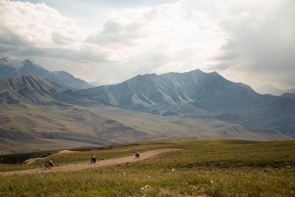 Keliaudami lietuviai susidūrė su Tian Šanio kalnų didybe