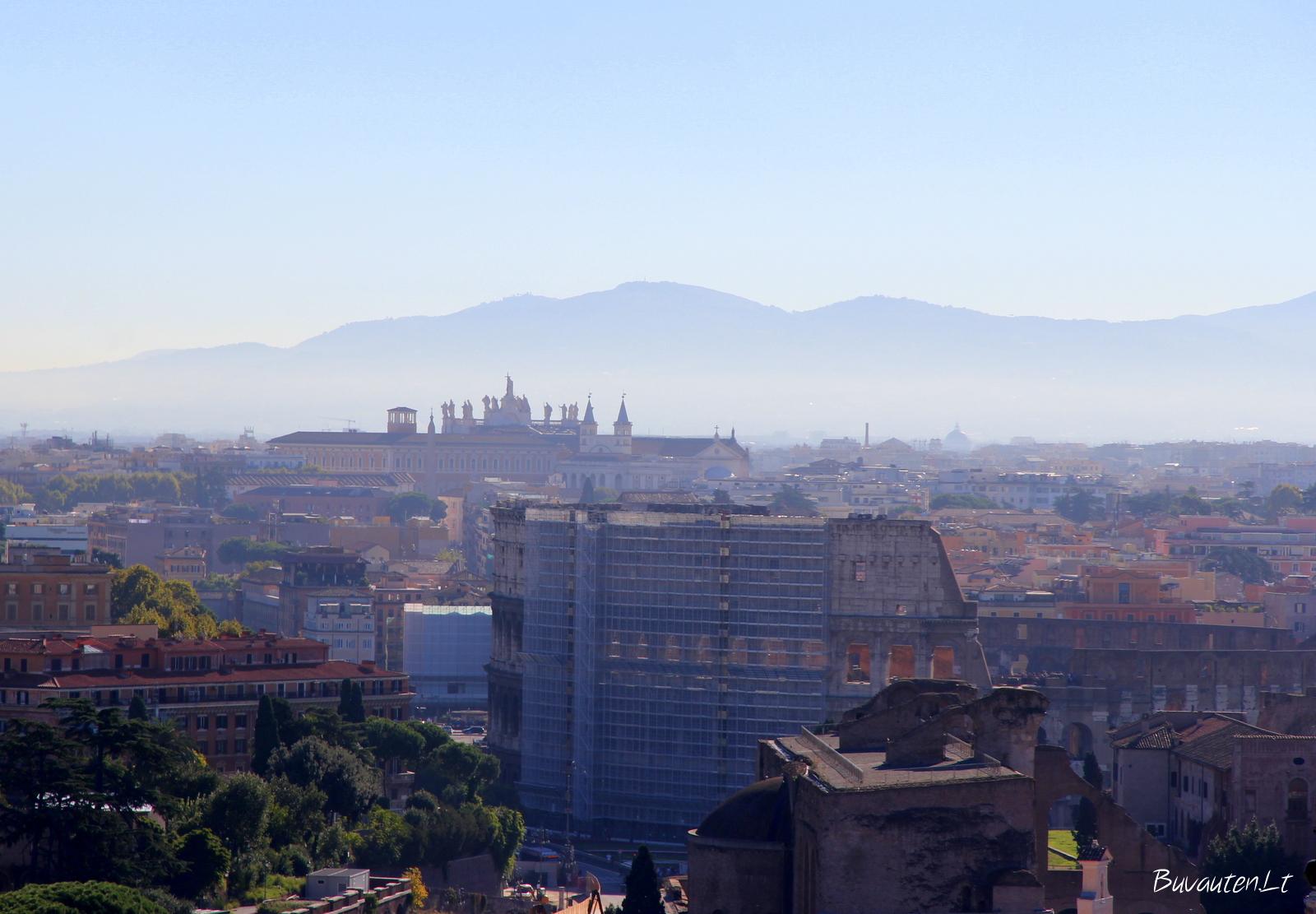 Roma iš viršaus
