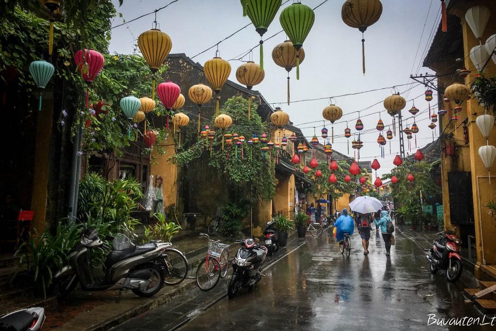 Hoi An žavus net per lietų