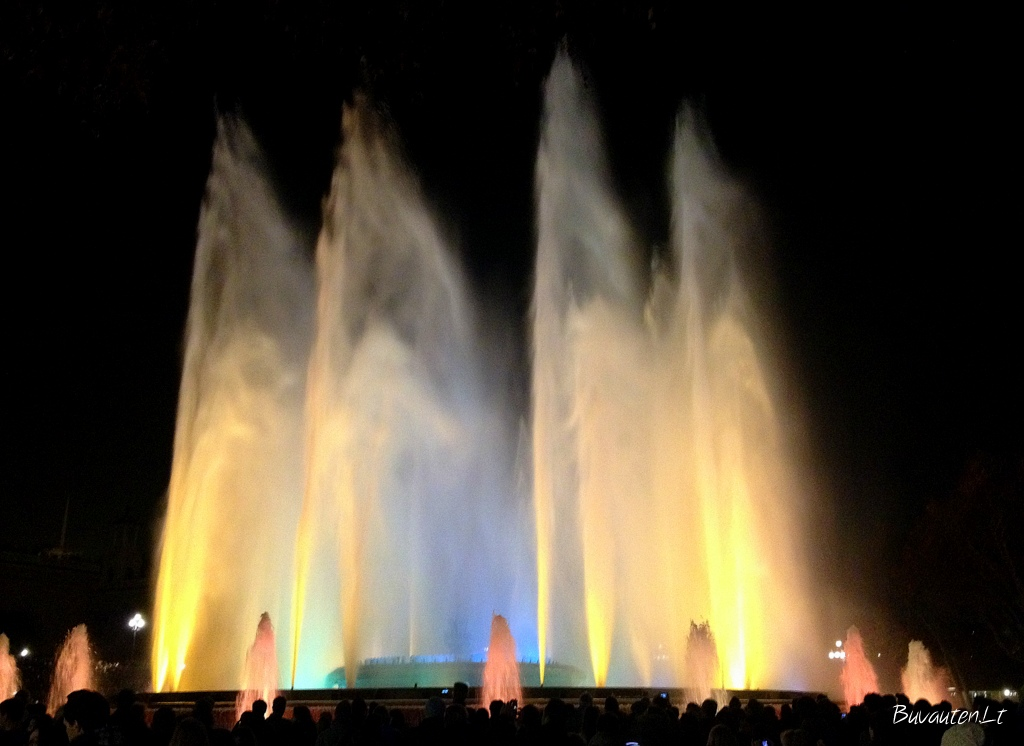Muzikiniai fontanai Barselonoje