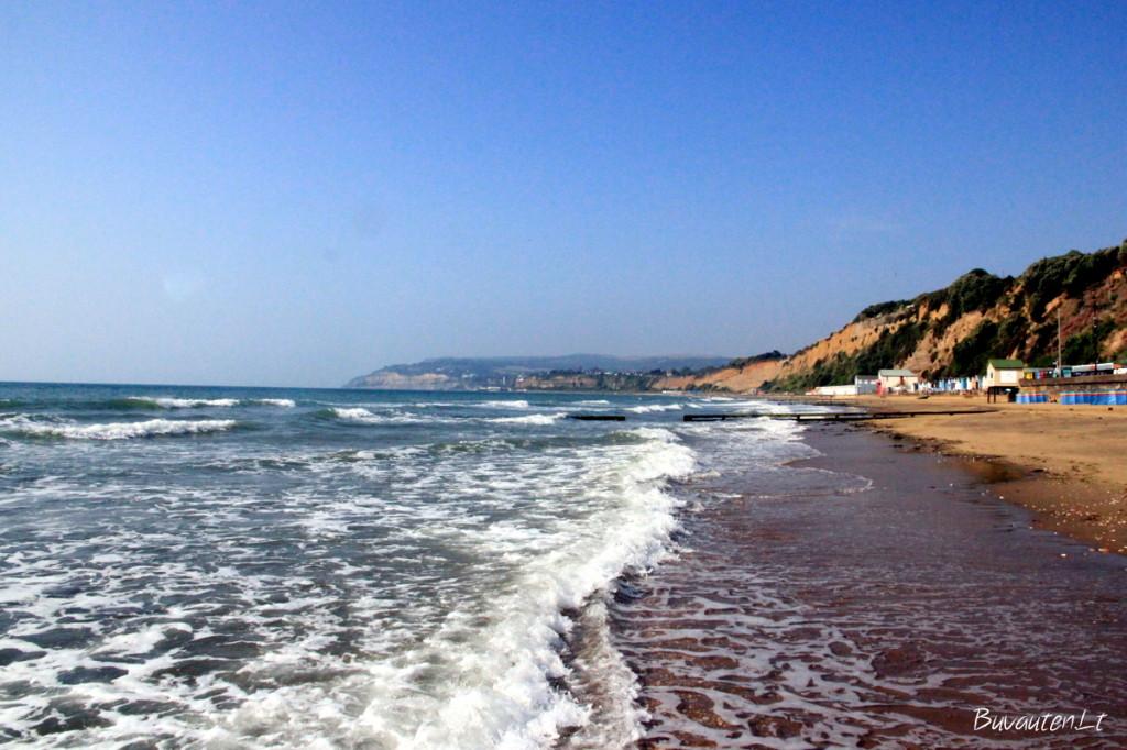 Sandown pakrantė patiktų mėgstantiems plačius smėlio paplūdimius