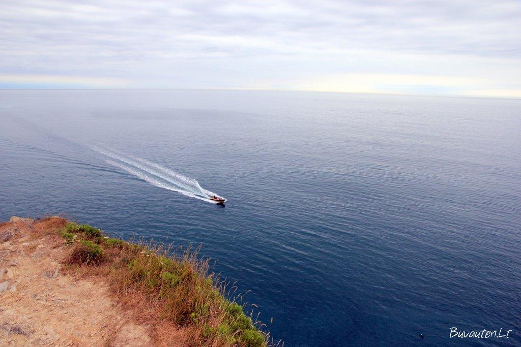 Vandens pramogos čia populiarios: nardymas, baidarės, kateriai, vandens motociklai