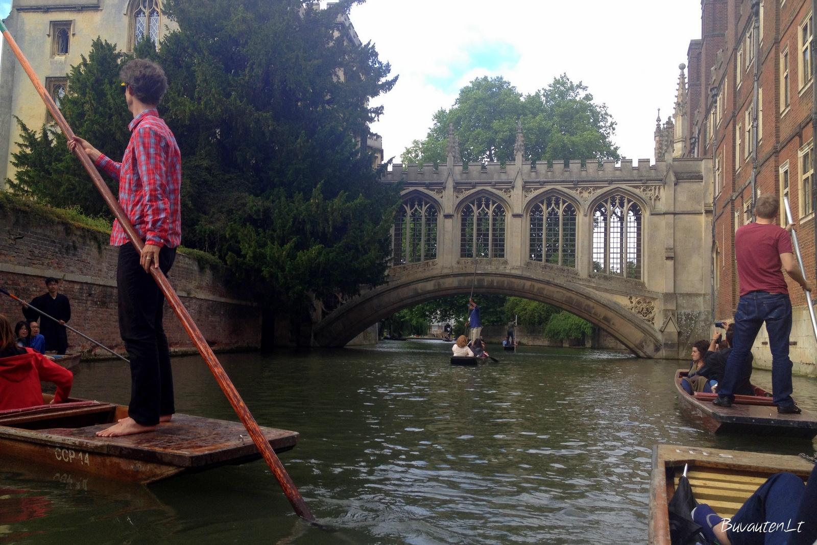 Paplaukioti goldolomis Kembridže - būtina