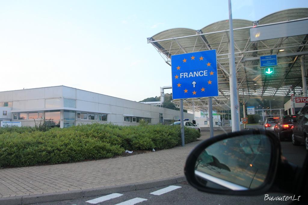 Šalia Eurotunelio - jau Prancūzijos teritorija