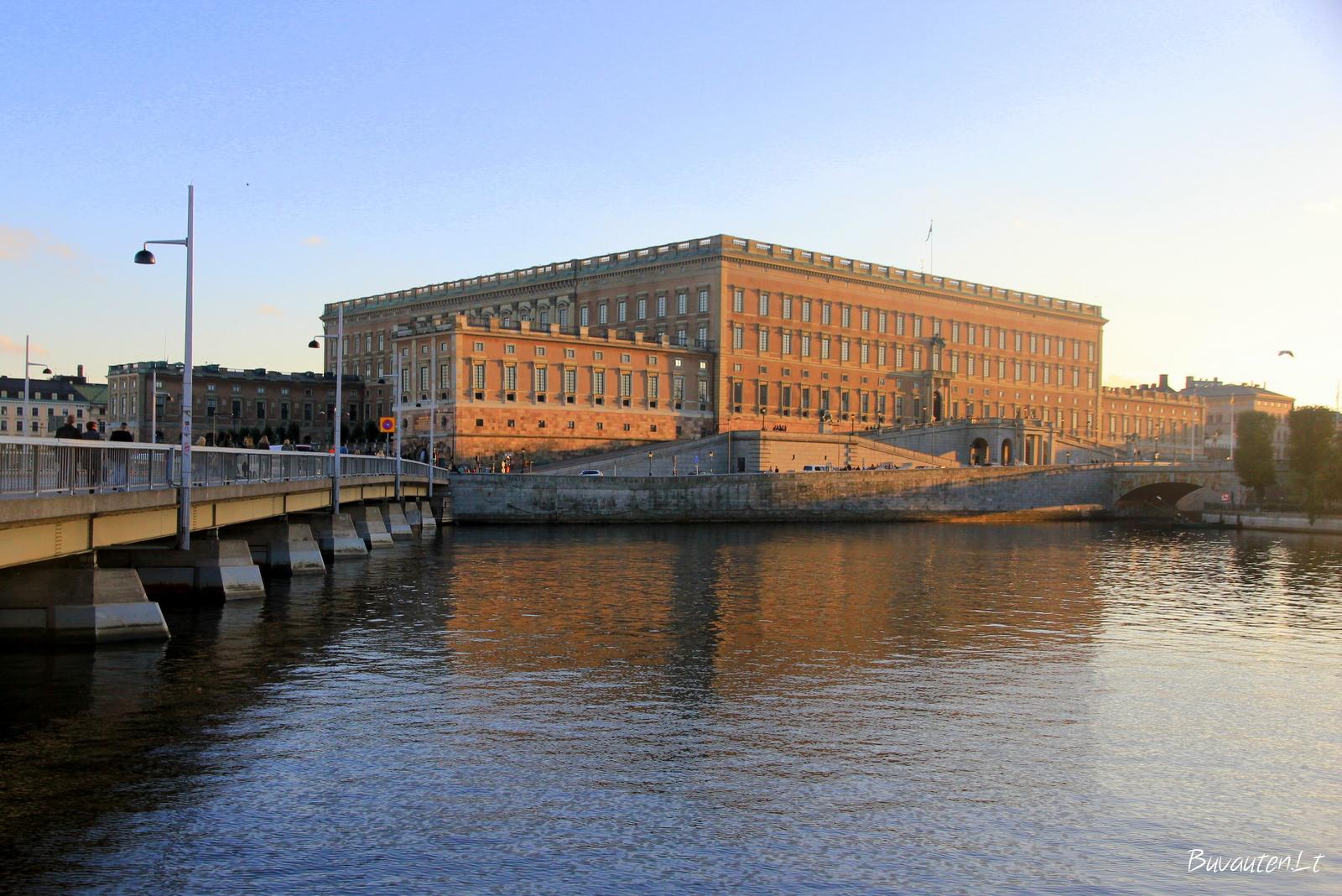 Karališkieji rūmai Stokholme