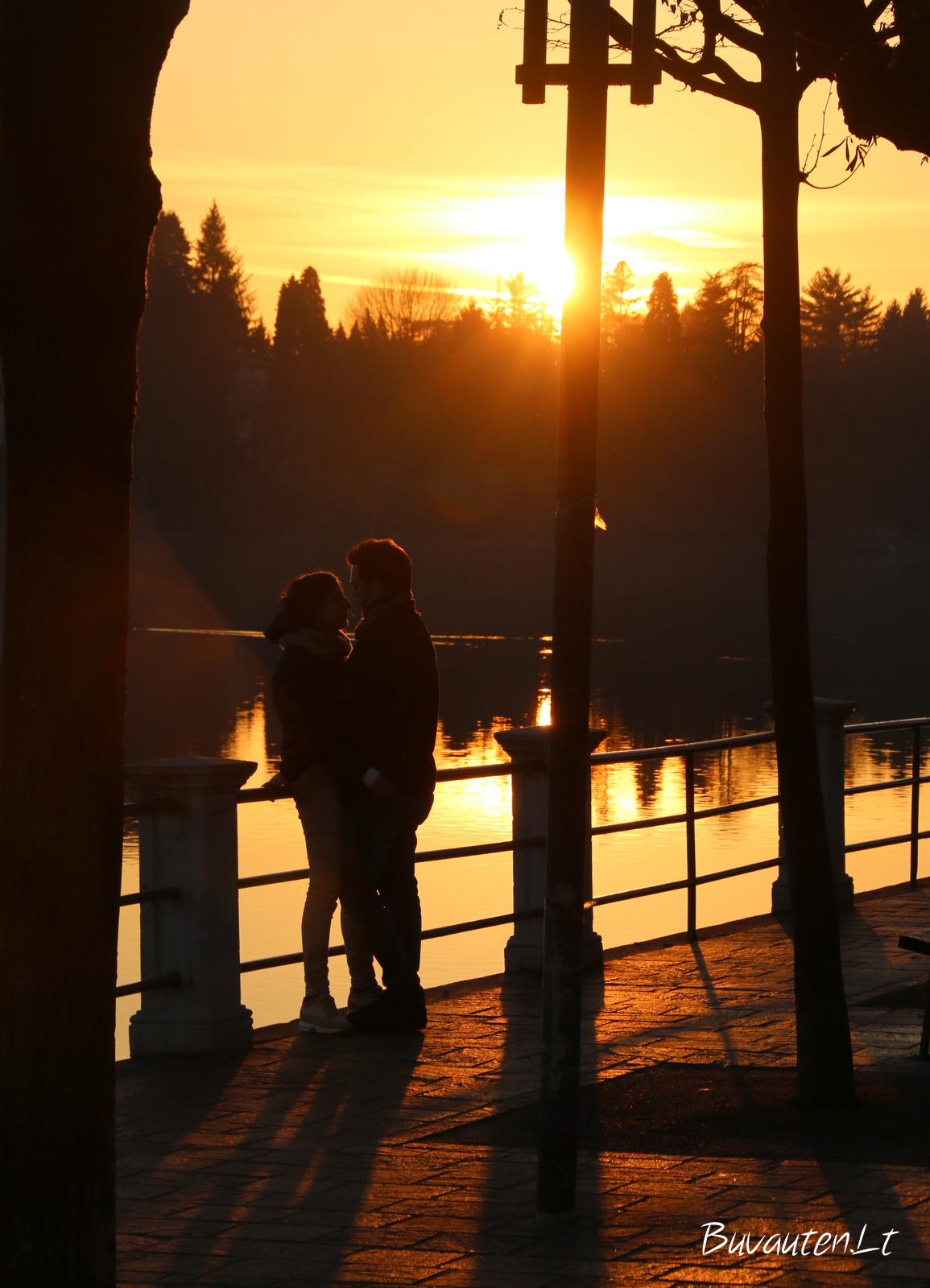 Ir šiek tiek romantikos
