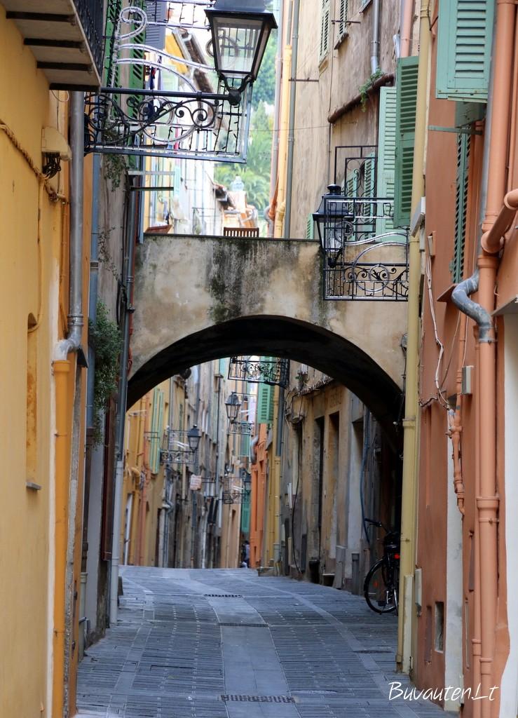 Mentono senamiesčio gatvė