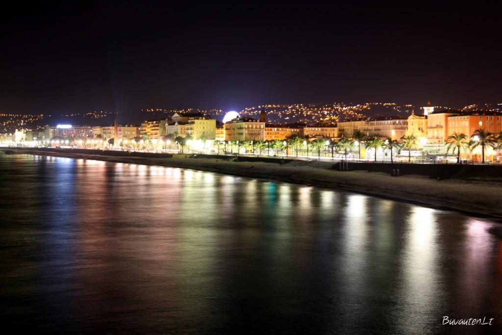 Nicos pakrantė vakare