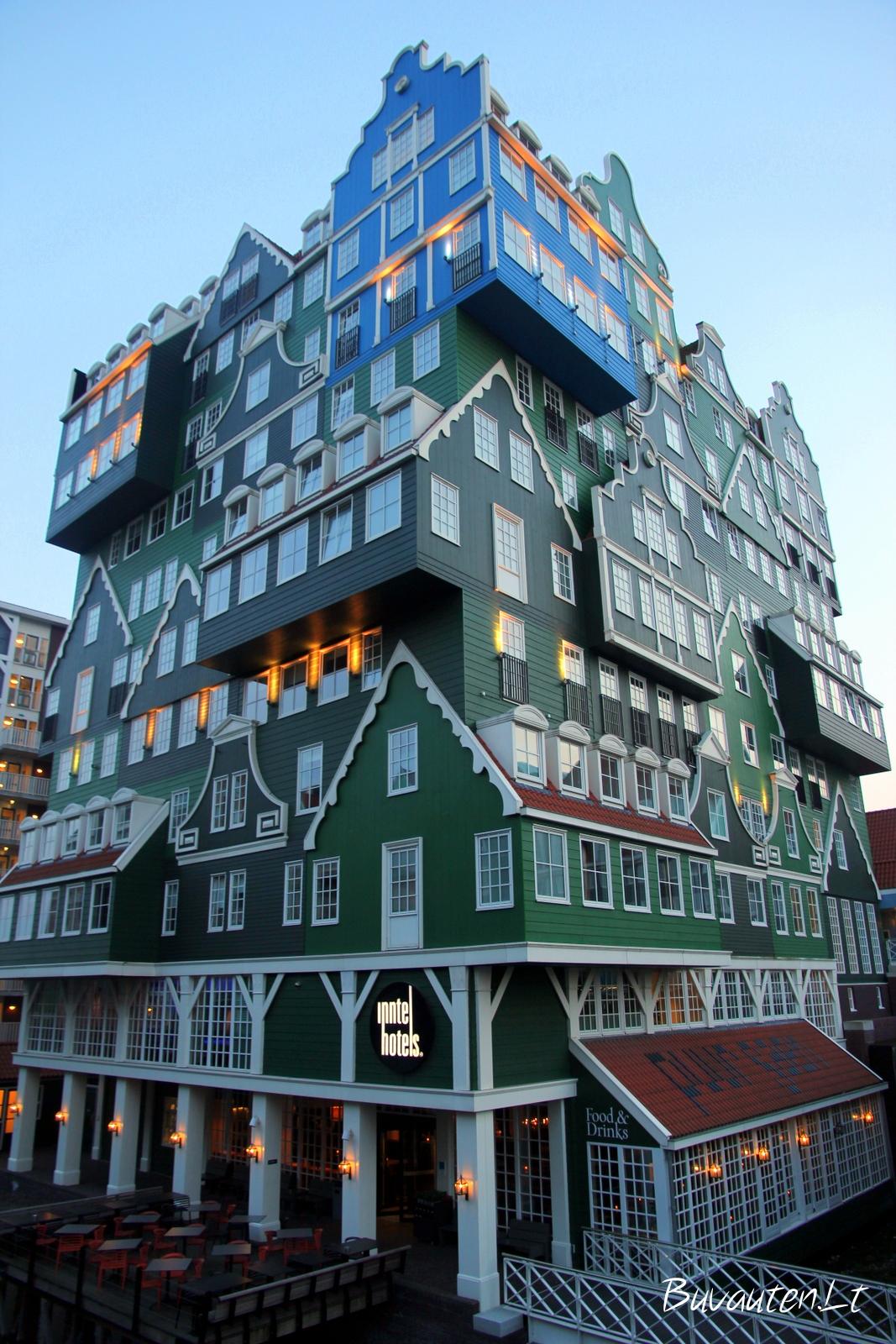 Įspūdingas viešbučio pastatas Zandame