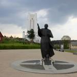 Šiluva ir vienintelis Lietuvoje kryžių kelias