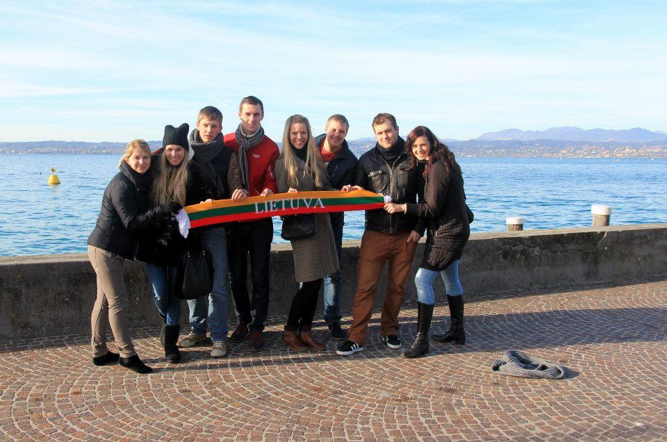 Mūsų kompanija prie Gardos ežero
