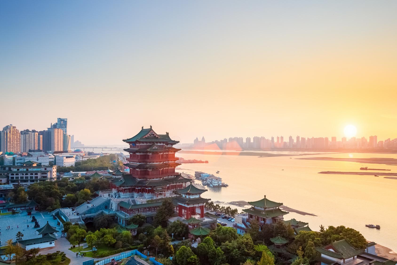Nanchang Tengwang paviljonas pietinėje Kinijoje