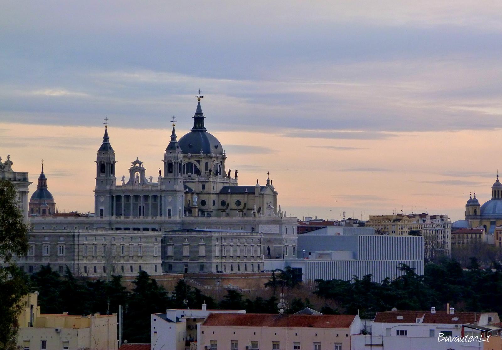 Almudenos katedros bokštai