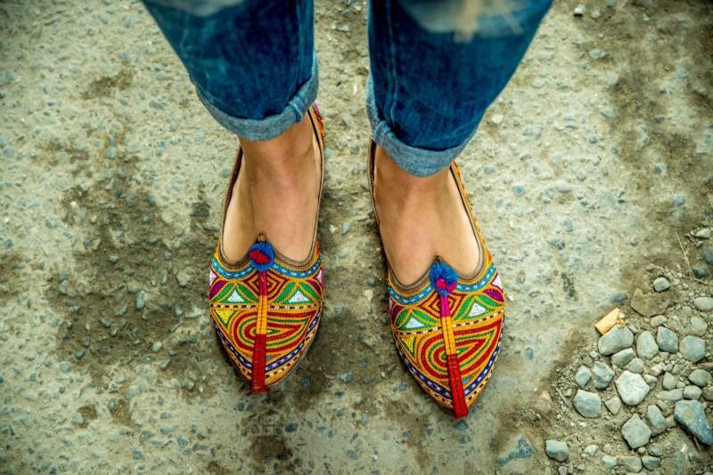 Rankų darbo batai