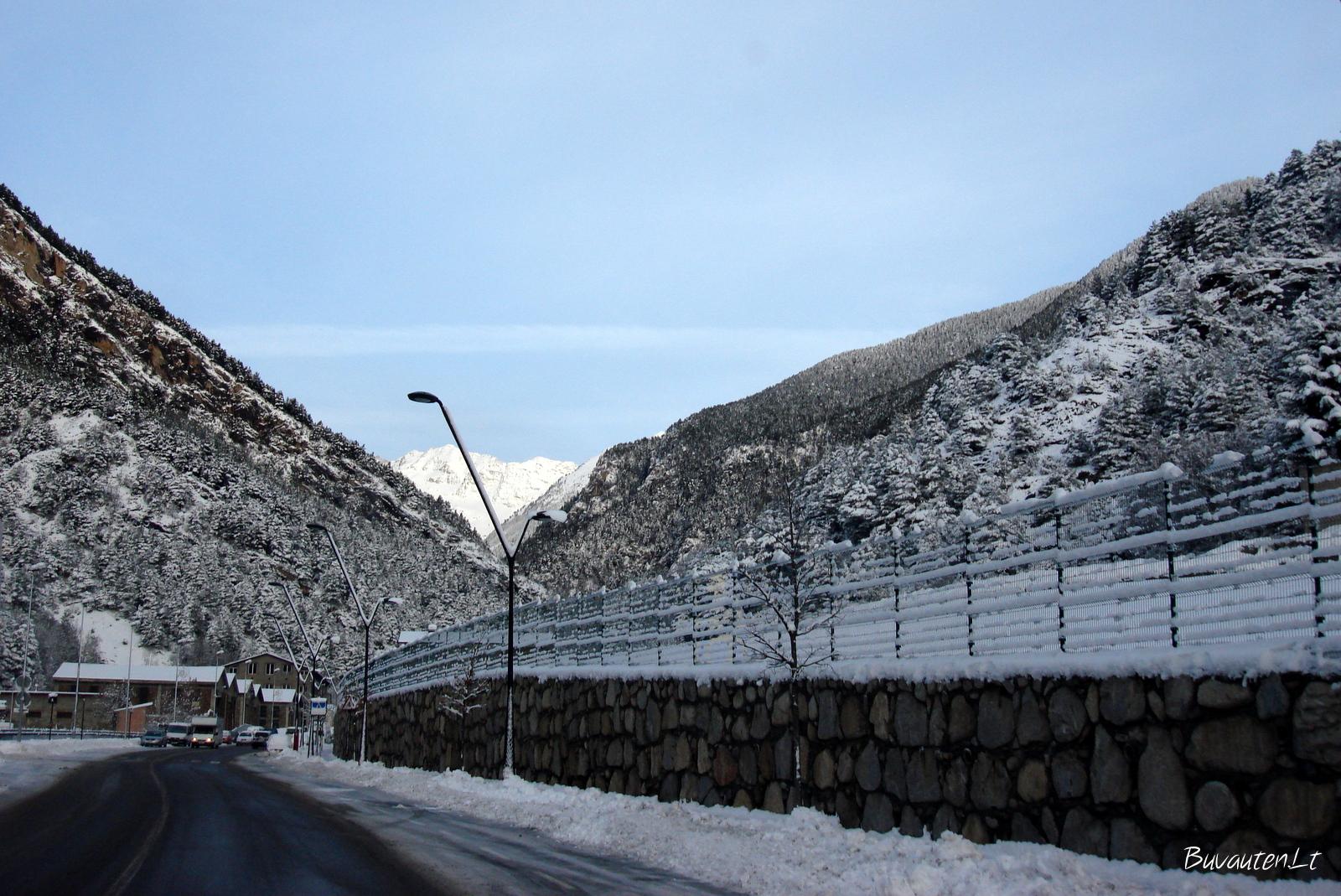 Važiuojam slidinėti